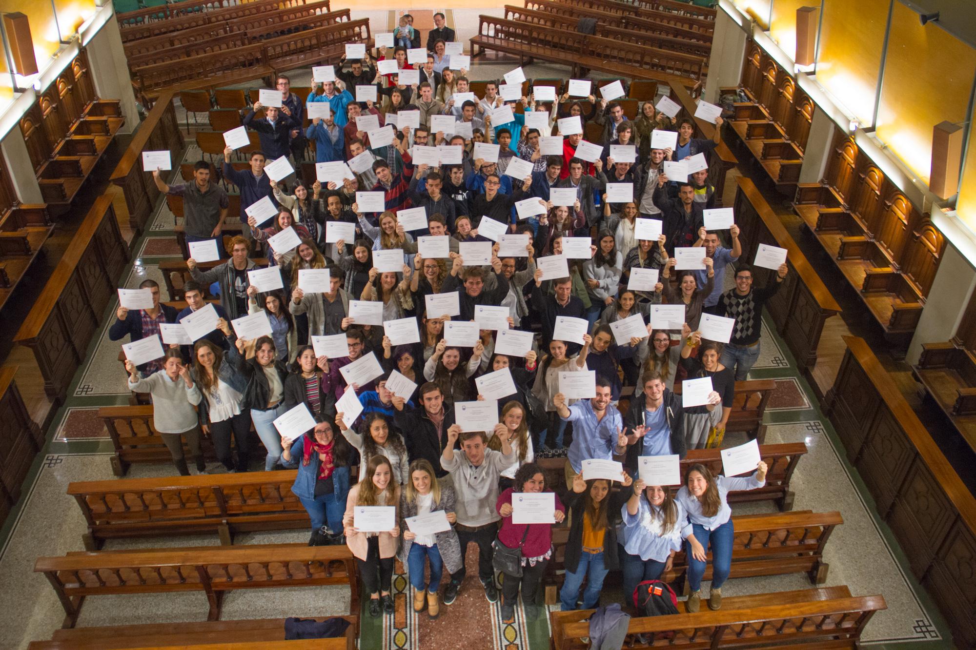 A pesar de todo universidad cat lica ucu entreg 212 becas de estudio 2017 sociedad uruguaya - Becas de comedor 2017 ...